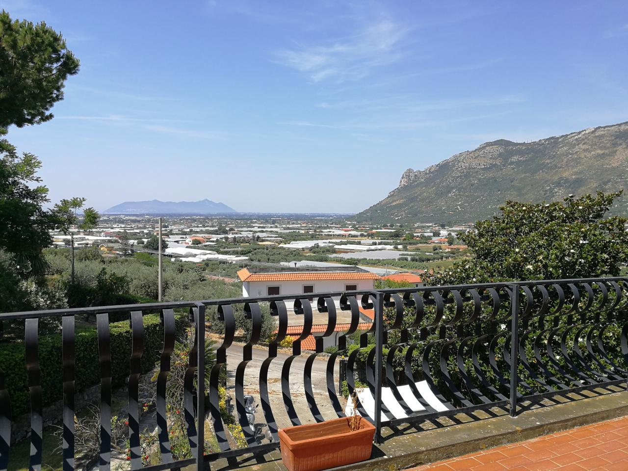 Terracina villa in collina panoramica