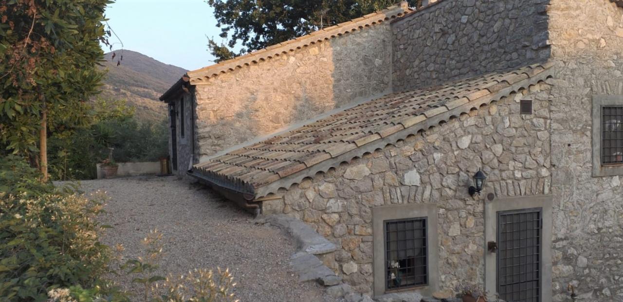 Incantevole casale in pietra