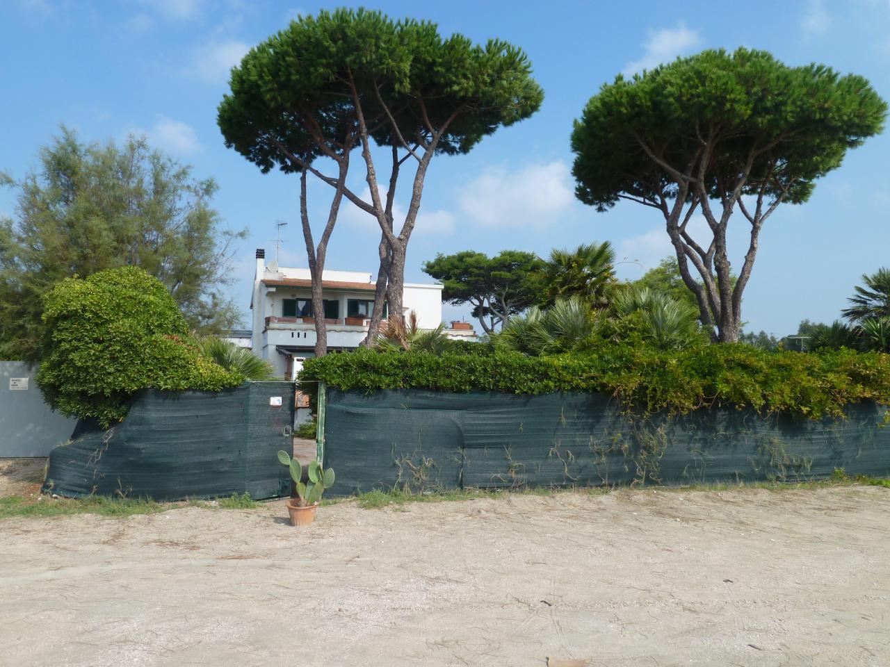 Vendita villa fronte mare