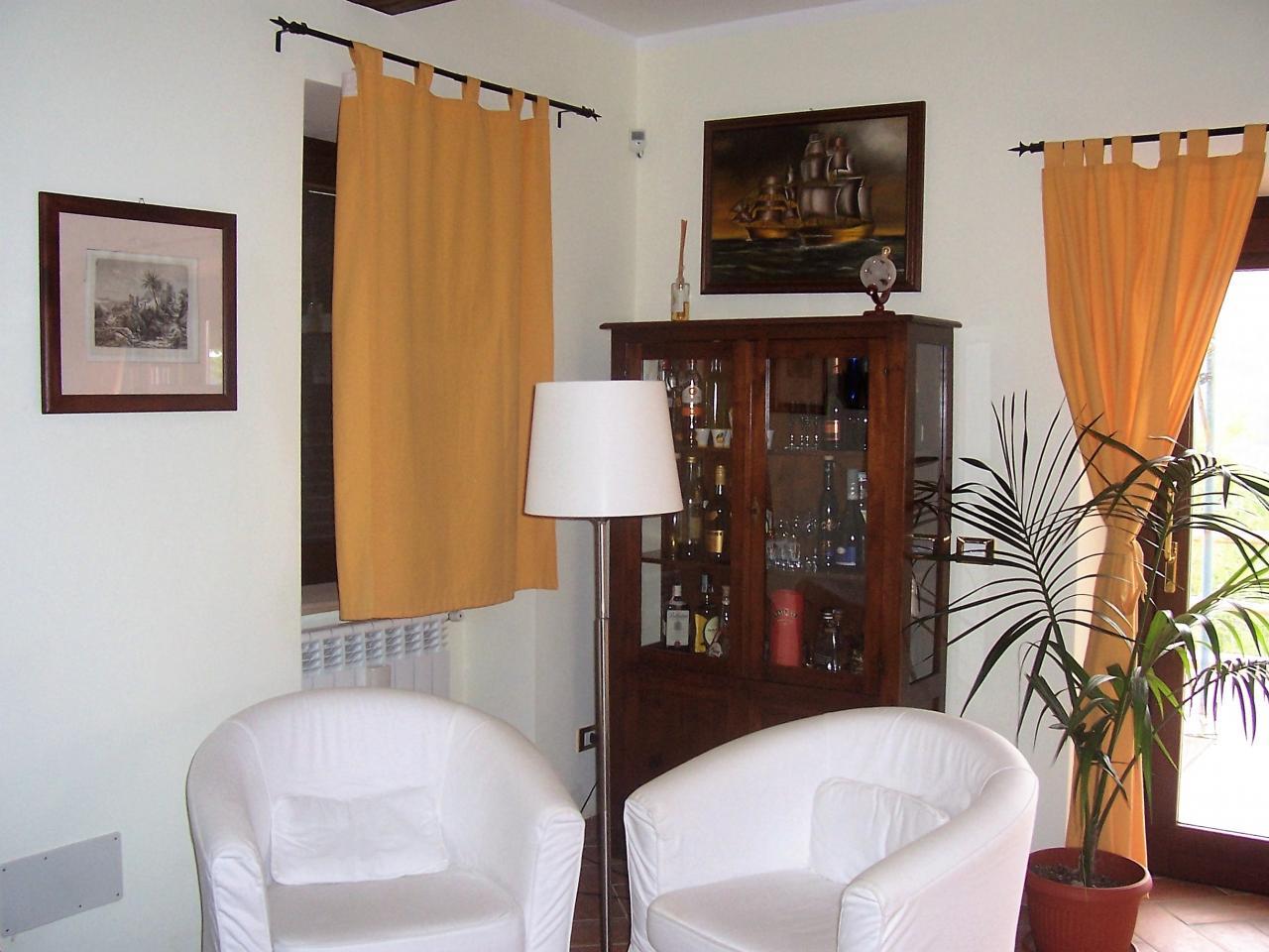 Vendita casale Campo Soriano