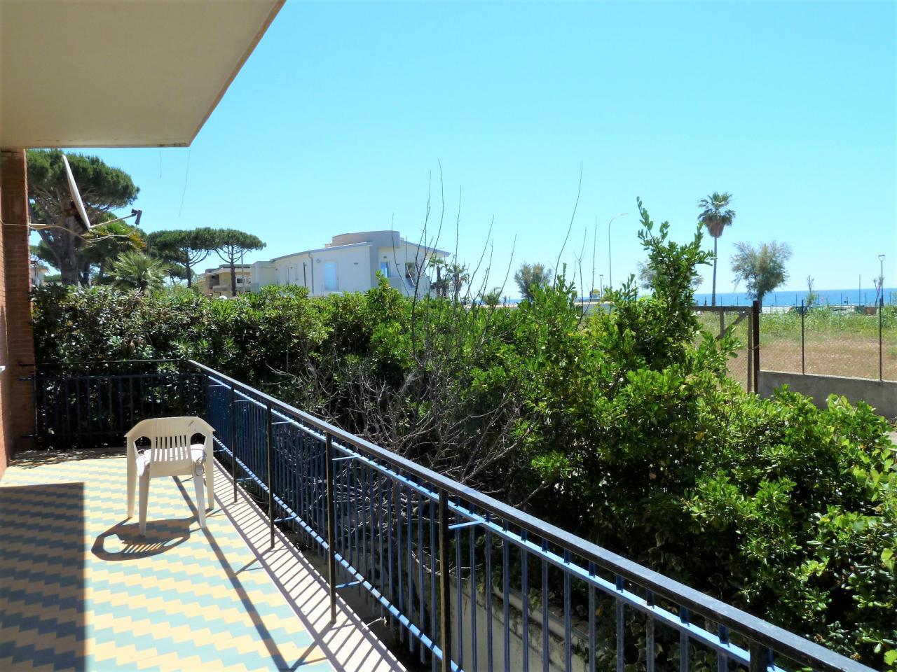 Vendita appartamento fronte mare